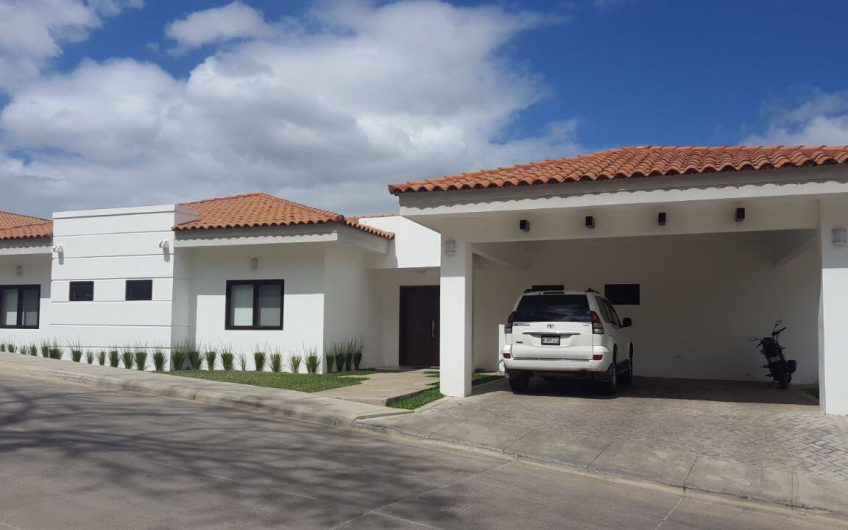For rent the LUXURY in Managua
