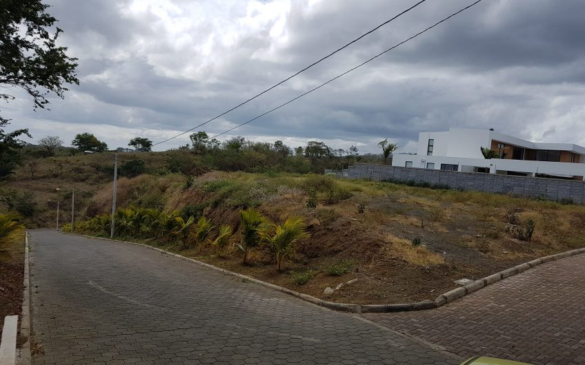 Venta de terreno en Santo Domingo
