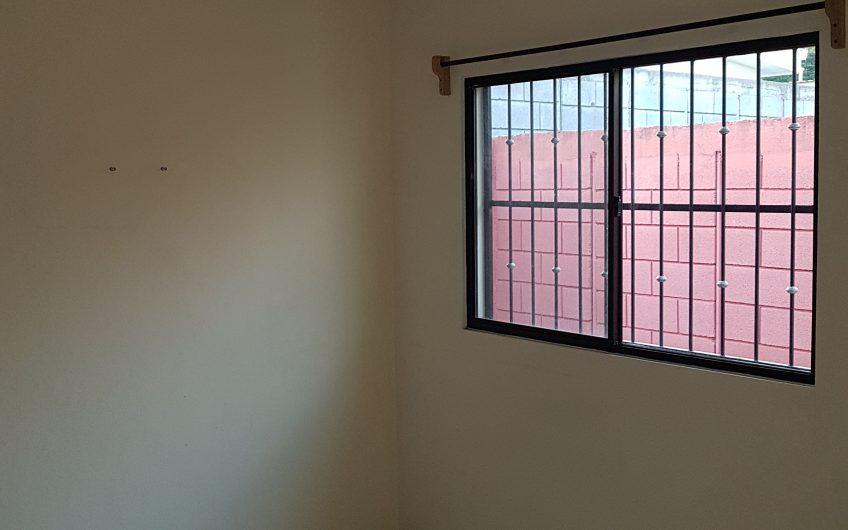Renta de casa en Residencial Villa Lindora