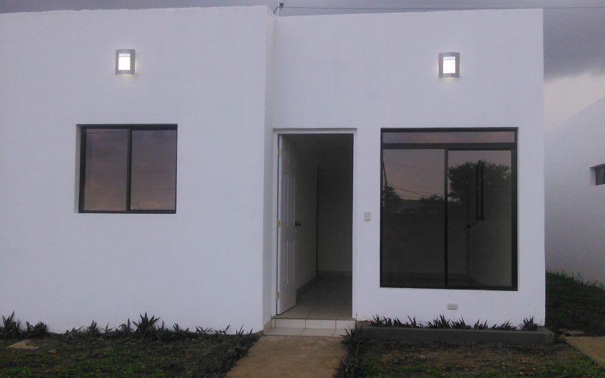 Venta de casa 52 mil dolares Crédito Directo
