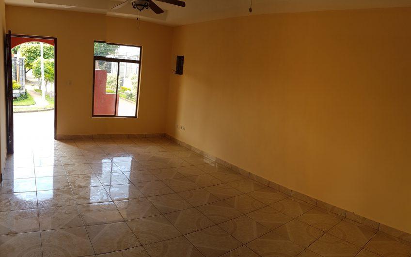 Venta de casa en Managua Residencial Brusela