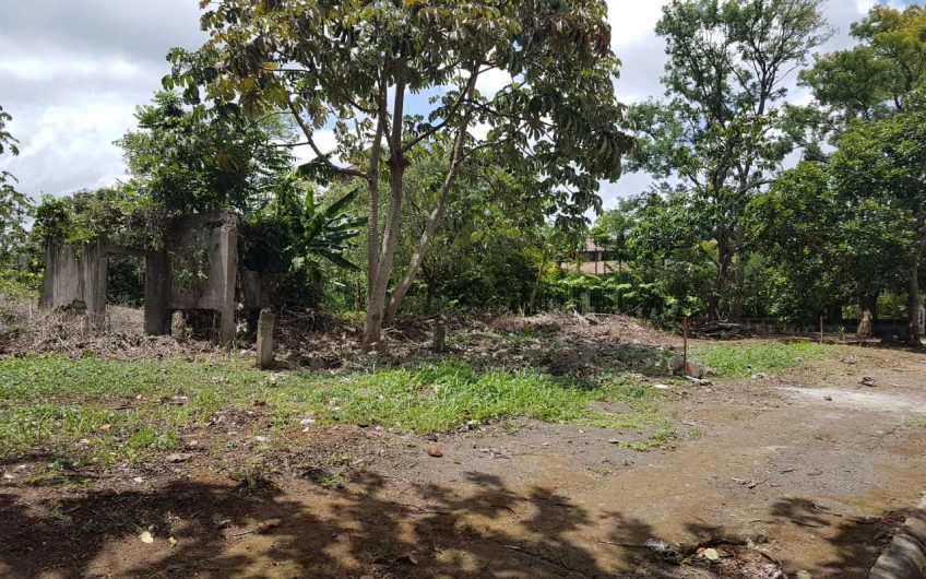 Se vende Terreno en Zona Exclusiva Balcones de santo Domingo