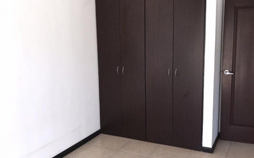 Linda Casa y cómodo casa en Las Colinas