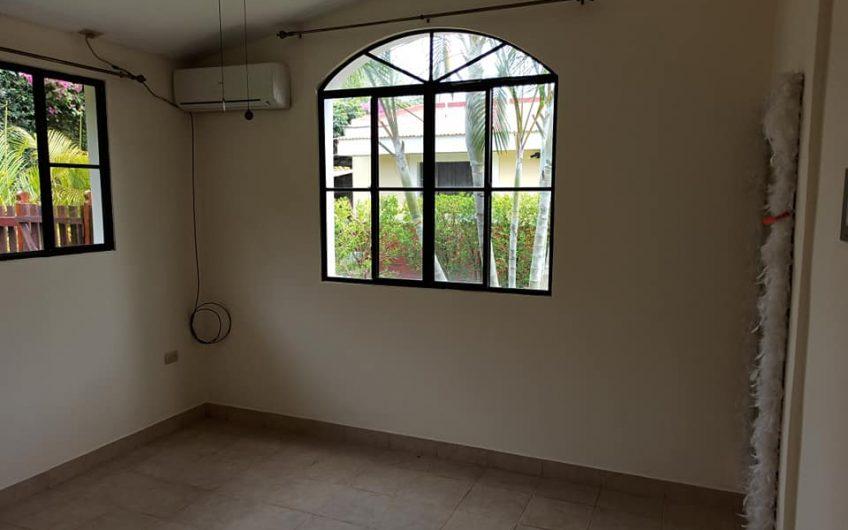 Apartamentos Full muebles en renta carretera Masaya
