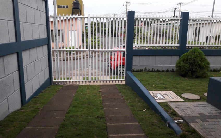 CASA LUJOSA EN RENTA AMUEBLADA