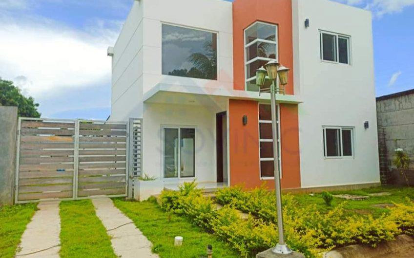 Renta de casa en Condominio en las colinas Managua