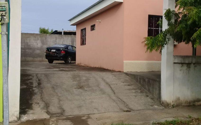 Se renta/Bonita y económica casa en Ciudad El Doral