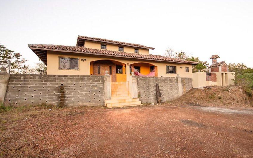 Casa en San Juan del Sur con vista espectacular