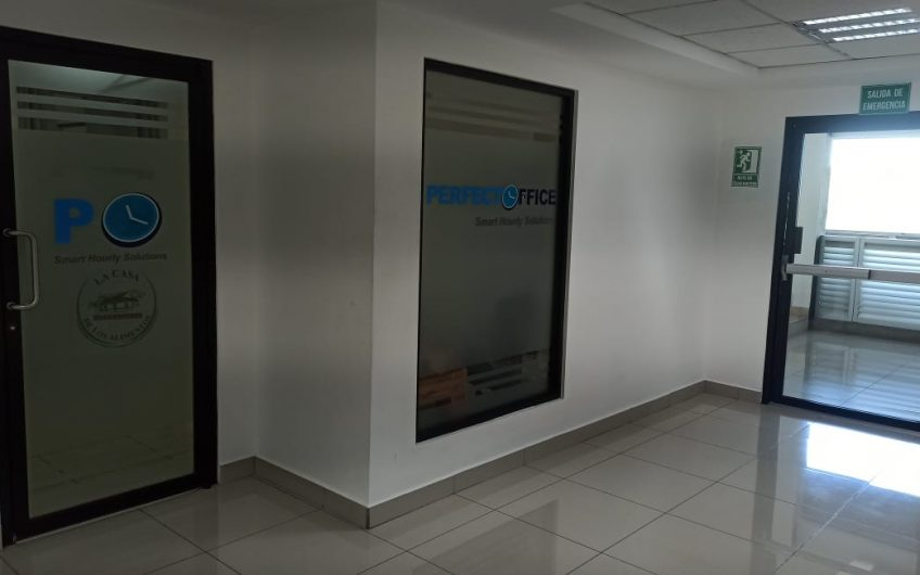 Elegante Oficina Comercial Todo incluido